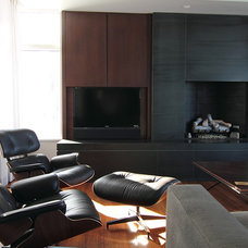 Modern Family Room by Handwerk Interiors