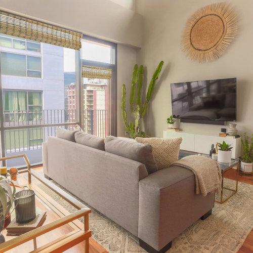 skandinavische wohnzimmer mit wand tv ideen design bilder houzz. Black Bedroom Furniture Sets. Home Design Ideas