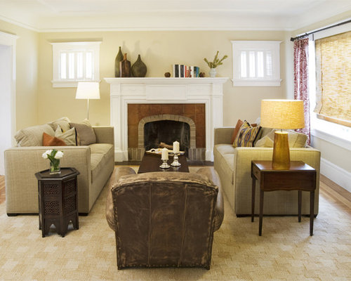 Mid Sized Eclectic Light Wood Floor Family Room Photo In San Francisco With Beige Walls