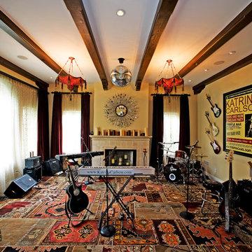 Eclectic Studio / Retreat