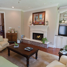 Traditional Family Room by Bluebonnet Building & Renovation, Inc