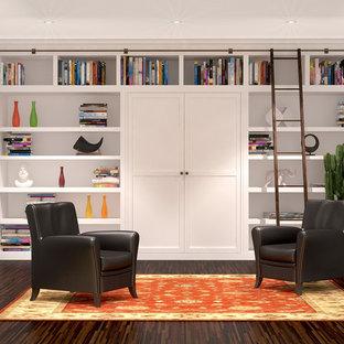 Modelo de sala de estar con biblioteca tipo loft, de estilo de casa de campo, grande
