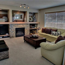 Contemporary Family Room by MELDS home staging