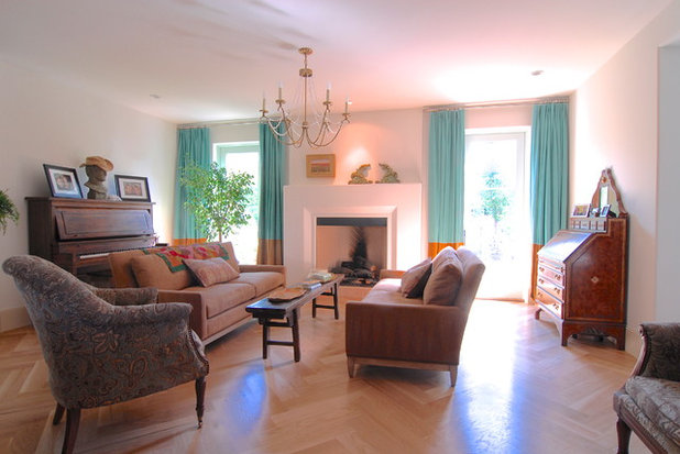 Traditional Family Room by Brenda Olde