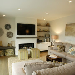 contemporary family room by Blackfish Homes Ltd.