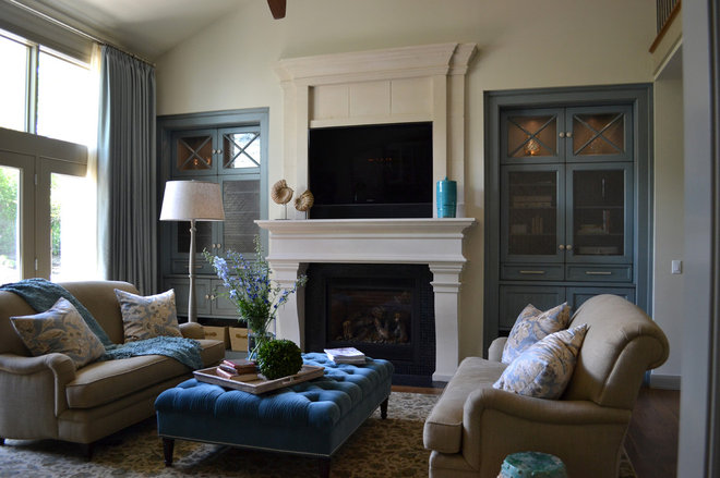 Eclectic Family Room by Distinctive Mantel Designs, Inc
