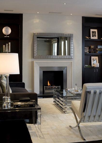 Modern Family Room by Fabulous Interior Designs, LLC.