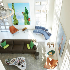 Contemporary Family Room by d'apostrophe design, inc.