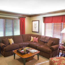 Traditional Family Room Family Den