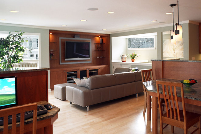 Contemporary Family Room by Bud Dietrich, AIA