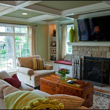 Traditional Family Room by PEKEL CONSTRUCTION & REMODELING
