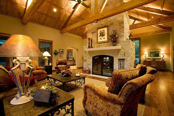 Traditional Family Room by Boyer Custom Homes, Inc.