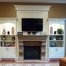 Traditional Family Room by Karlene Hunter Baum, Allied ASID