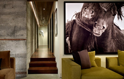 Make a Big Statement with Oversized Art
