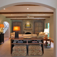Traditional Family Room by GTM Architects