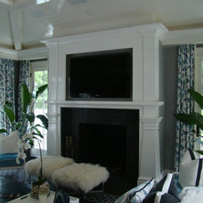 Traditional Family Room by Keedle & Lee Architects LLC
