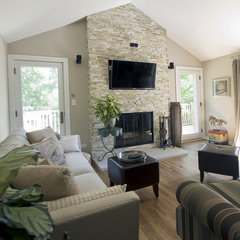 traditional family room by Mandy Brown
