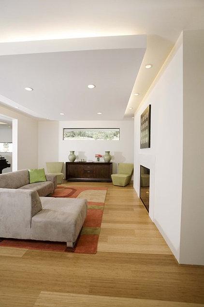 Contemporary Family Room by Mark English Architects, AIA