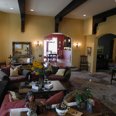 mediterranean family room by Nunley Custom Homes