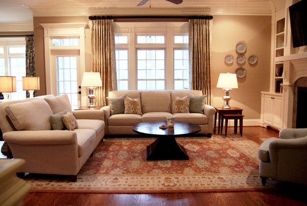 Traditional Family Room by Design Lines Ltd.