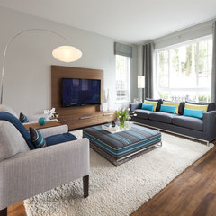 modern family room by Sara Brown & Company