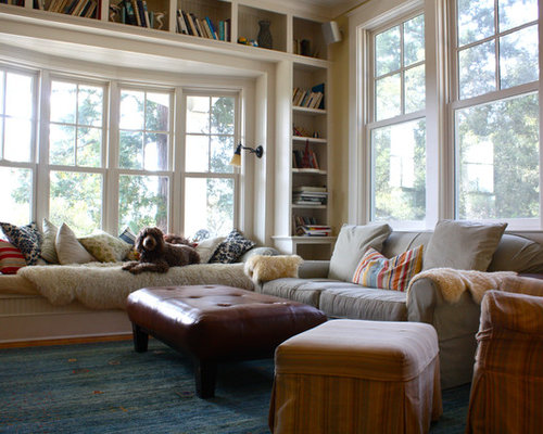 Traditional Family Room Idea In San Francisco With A Library And Beige Walls