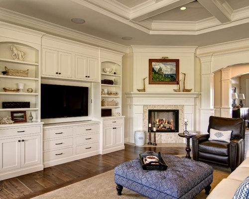 586 traditional family room design photos with a corner fireplace - Corner Fireplace Design Ideas