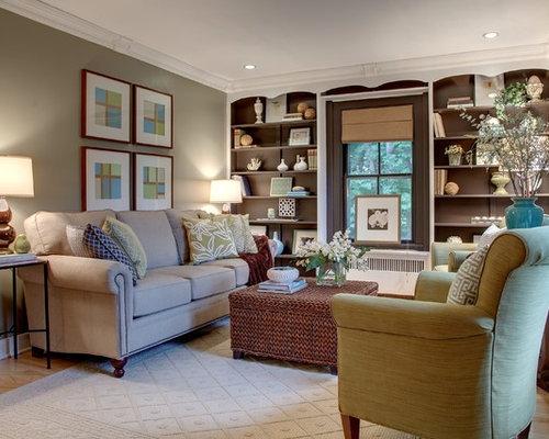 Transitional Light Wood Floor Family Room Photo In Bridgeport With Beige Walls