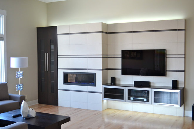 Contemporary Family Room by Anthony Company Builders LLC