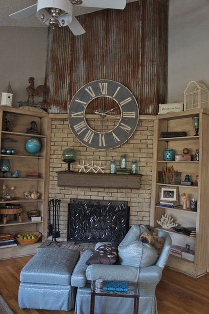 Eclectic Family Room by Bella Tucker Decorative Finishes