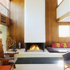 Midcentury Family Room by Morse Remodeling, Inc. and Custom Homes