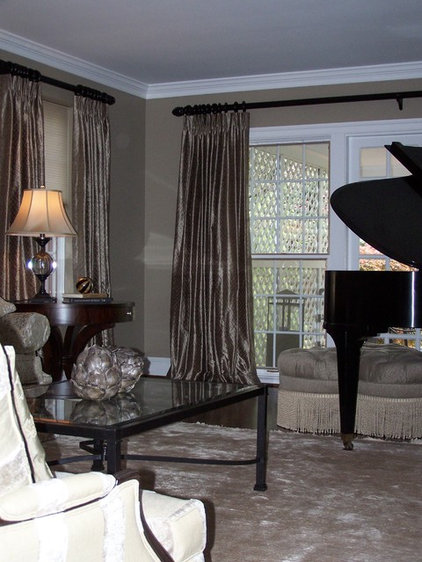 Traditional Family Room by Katie Armour for Ethan Allen King of Prussia
