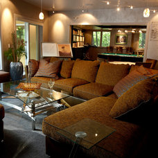 Contemporary Family Room by Jaque Bethke for PURE Design Environments Inc.
