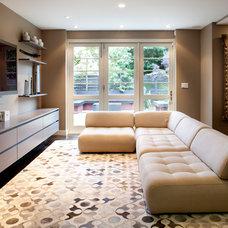 Contemporary Family Room by Feldman Architecture, Inc.