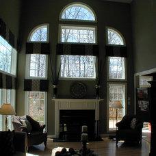 Modern Family Room by Laura Manning Bendik
