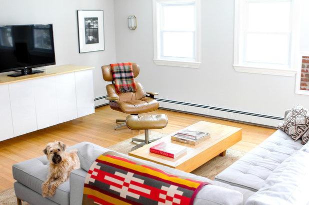 エクレクティック ファミリールーム by Tyler Karu Design + Interiors
