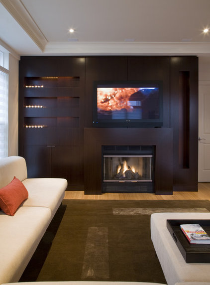 Modern Family Room by FORMA Design