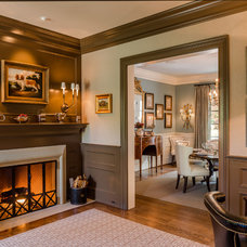 Traditional Family Room by Archer & Buchanan Architecture, Ltd.