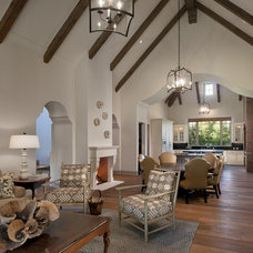 Traditional Family Room by Matthew Thomas Architecture, LLC