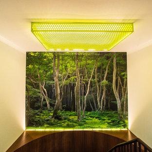 Family room - modern family room idea in New York