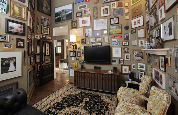 Transitional Family Room by Lindsay von Hagel