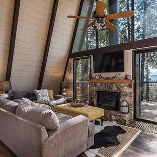 Gambrel Livingroom