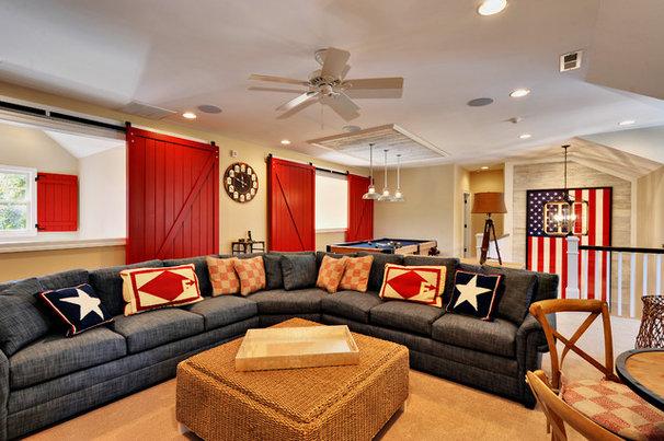 Beach Style Family Room by Echelon Custom Homes