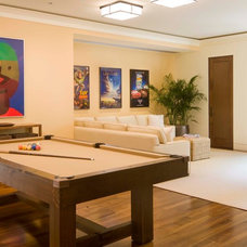 Transitional Family Room by Forum Phi - Architecture | Interiors | Planning
