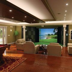 traditional family room Games Room