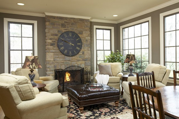 Traditional Family Room by Structures, Inc.