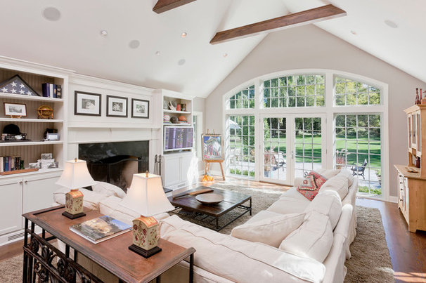 Traditional Family Room by crbs co.