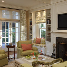 Traditional Family Room by EJ Interior Design, Eugenia Jesberg