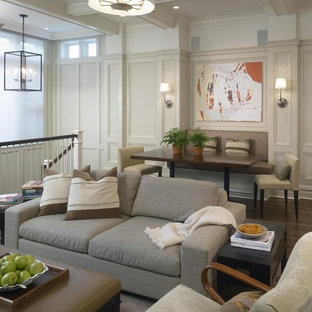 Inspiration for a timeless family room remodel in Chicago