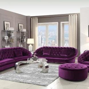 Idées déco pour une grand salle de séjour moderne ouverte avec salle de jeu, un mur gris et un téléviseur indépendant.